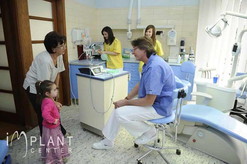 implantcentre-dentisterie-traitement-dentaire-1.jpg